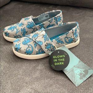 Toms Alpargata Velcrow Sneakers - Boys size 10